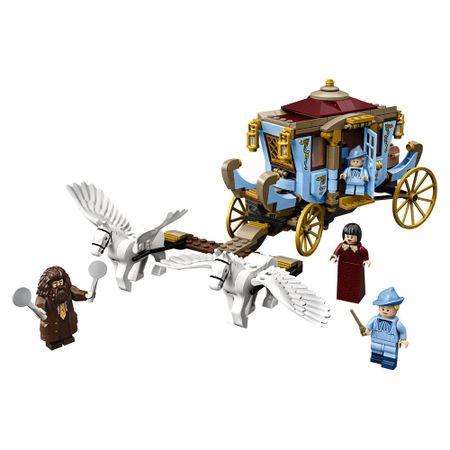 LEGO Harry Potter - Carruagem de Beauxbatons: Chegada a Hogwarts