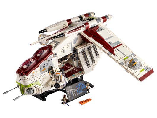 lego_75309_star_wars_republic_gunship_01